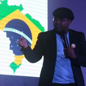 Jerônimo Lauricio - responsável pelo YOUCAT Center Brasil