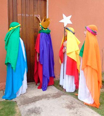 crianças e jovens: Pequenos Reis Magos da Diocese de Colatina