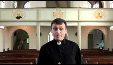 Catequese com Padre Sérgio - A Santíssima Trindade