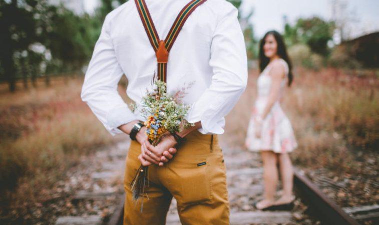 Estou namorando. Como saber se está na hora de me casar?