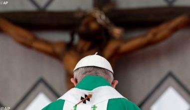 """O adeus do Papa à Colômbia: """"Escravos da paz para sempre"""""""