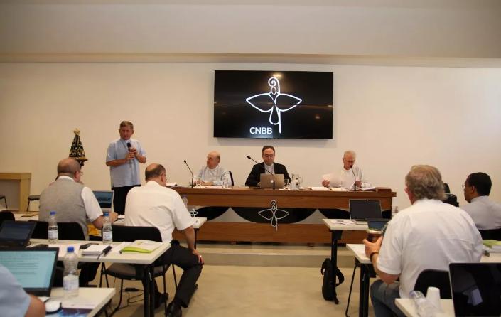 """Projeto """"IDE"""" de evangelização juvenil é apresentado no Conselho Permanente da CNBB"""