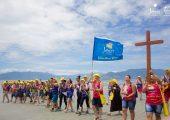 Missionários invadem a Praia do Indaiá durante a 9ª Missão Jesus no Litoral