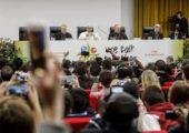 Confira o discurso do Papa Francisco por ocasião da Reunião pré-sinodal com os jovens
