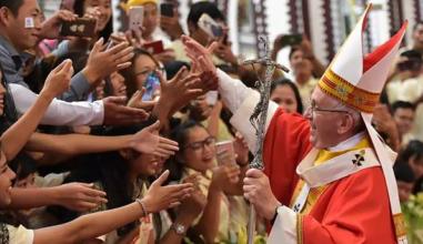 #ConectadosNoSínodo Vaticano convida todos os jovens a participar pelas redes sociais