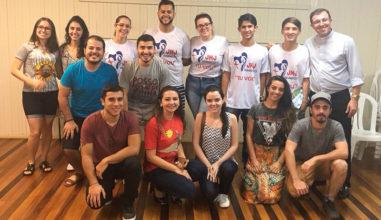 Jovens da Diocese de Joinville fazem primeira reunião de preparação à JMJ.