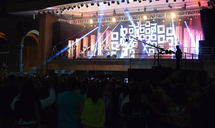 Romaria da Juventude 2018 termina com grande show de Adriana Arydes