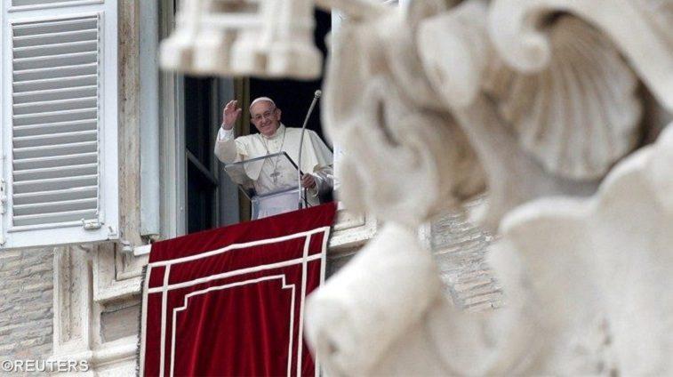 """Papa no Regina Coeli: """"Viver na corrente do amor de Deus, estabelecer a morada, é a condição para que o nosso amor não perca pelas ruas o seu ardor e a audácia"""""""