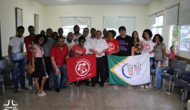 Jovens participam de encontro de lideranças em Salvador