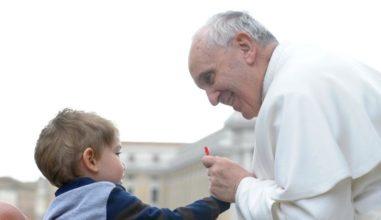 Papa anuncia o tema do Mês Extraordinário Missionário