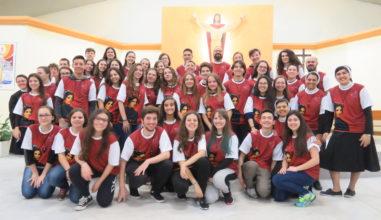 Jovens membros da Pastoral Juvenil Cleliana em missão