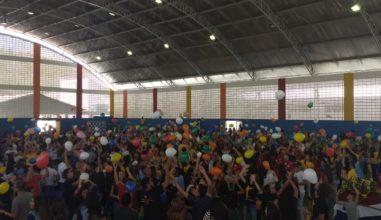 Jornada da Juventude reúne 1500 jovens da Diocese de Campina Grande
