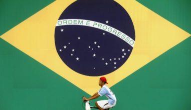 Juventude brasileira: entre consumismo e preservação da natureza