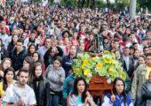 Aparecida: os jovens devotos da mãe de todos os brasileiros