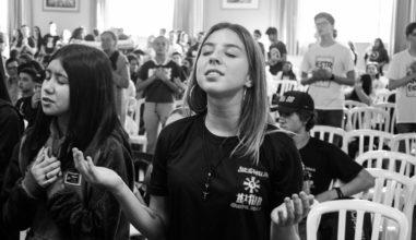 Jornada Diocesana da Juventude na Arquidiocese de Curitiba/PR