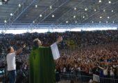 Acampamento PHN atrai 50 mil jovens à Canção Nova