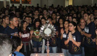 Jovens da Arquidiocese de Maringá (PR) se reúnem no III Incendeia