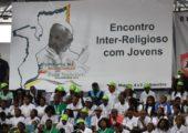 Os 12 conselhos que o Papa Francisco deu aos jovens de Moçambique