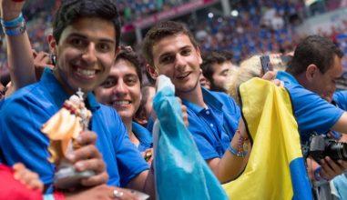 """Papa à pastoral juvenil da América Latina: """"Os jovens são o agora de Deus"""""""