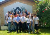 Setor Juventude de Campina Grande se reúne com Bispo da Comissão Nacional