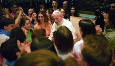 """Prêmio Papa João Paulo II"" será entregue a jovens irlandeses"