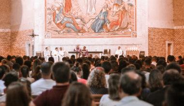 """Juventude de Goiânia e a vivência da Lectio Divina na Quaresma: """"Jovem, eu te digo, levanta-te"""""""