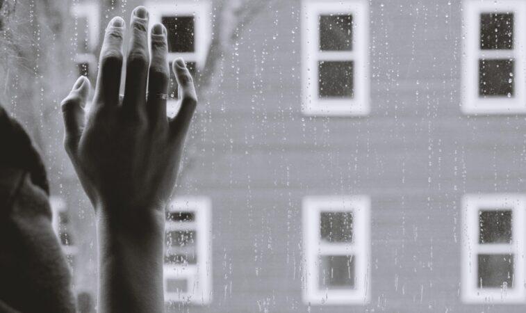 """""""A solidão mais invisível é a dos jovens"""", artigo do Cardeal Tolentino Mendonça"""