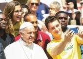 """""""Deus ama-te, Cristo salva-te e Cristo vive"""": Exortação Apostólica, forte inspiração para a vivência e a atuação dos jovens"""